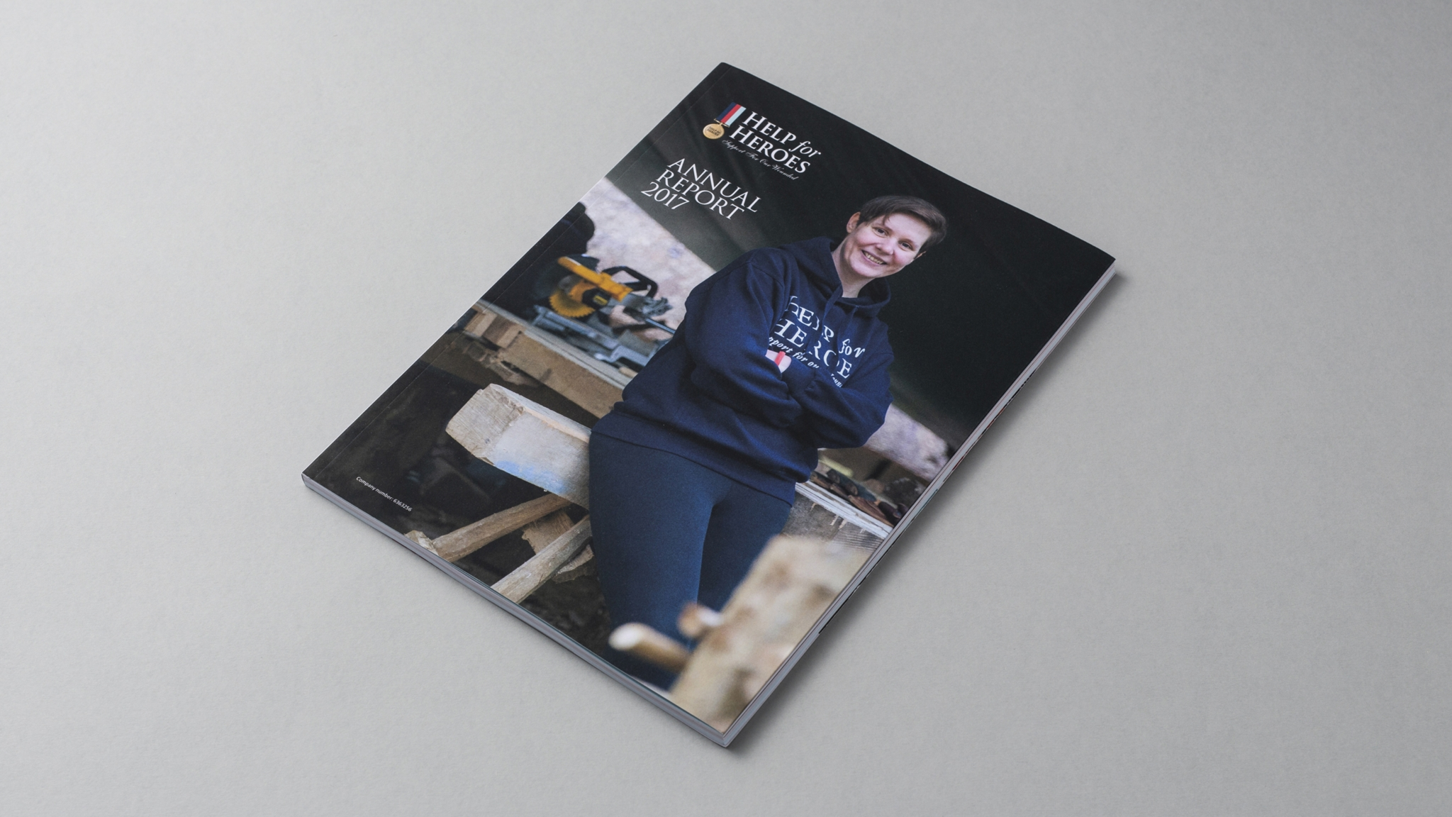 HS H4 H Annual Report 01